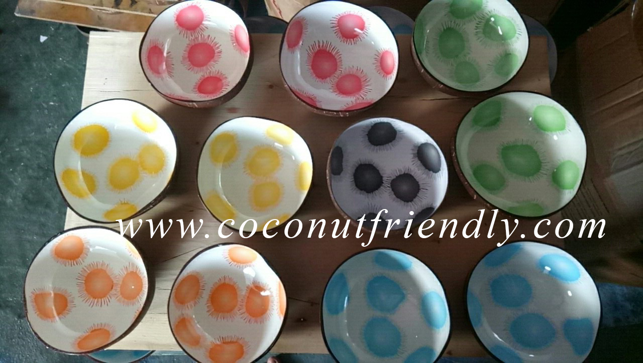 Best Quality Handmade Coconut Bowls for Lacquer Snacks Nuts
