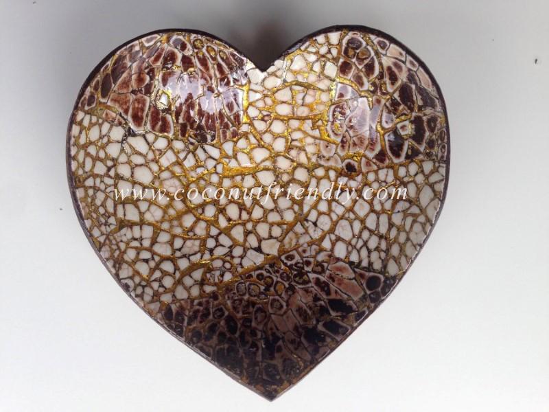 Vietnam Heart Coconut Bowls with Eggshells Wholesale
