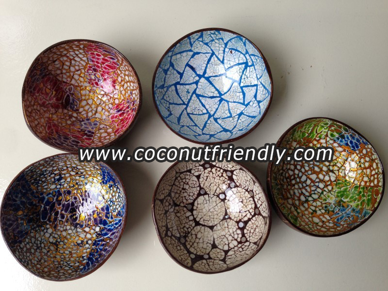 Lacquer coconut bowl with mother of pearl inlaid moasic from Vietnam