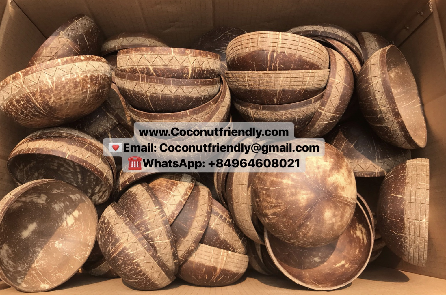 Carved design coconut shell bowls vietnam wholesale