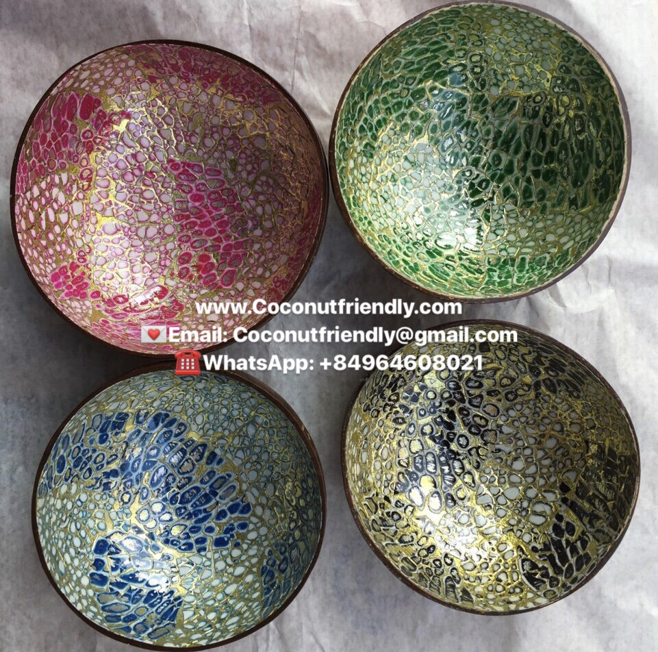 Eggshell lacquer coconut bowls
